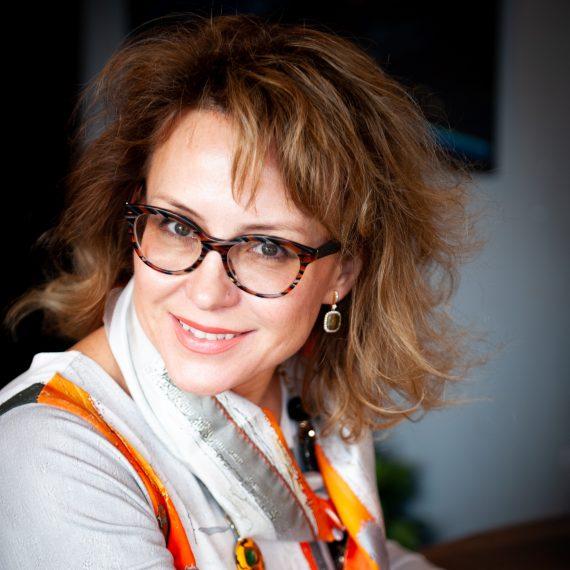 Julia-Romanenkova_headshot-570x570