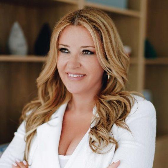 Katerina-Manou-CEO-of-Regus_headshot-570x570